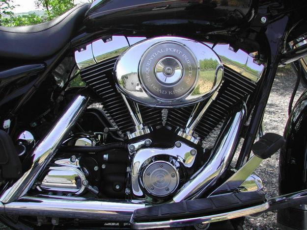 essai r tro harley davidson 1450 road king motards en balade. Black Bedroom Furniture Sets. Home Design Ideas